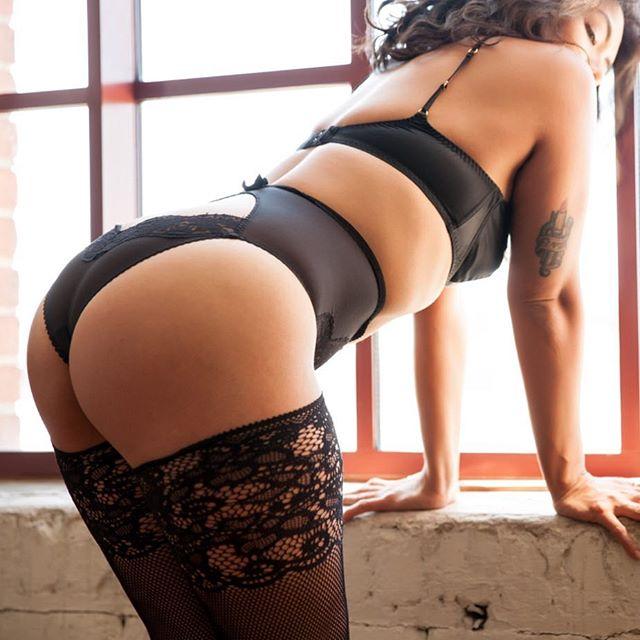 🍑 | brand spankin new photos on the horizon #dominatrix #prodomme #mistress #ass #worship #lingerie #bootyfordays