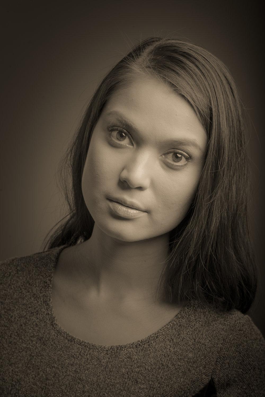 Vanessa Grindrud-001.jpg