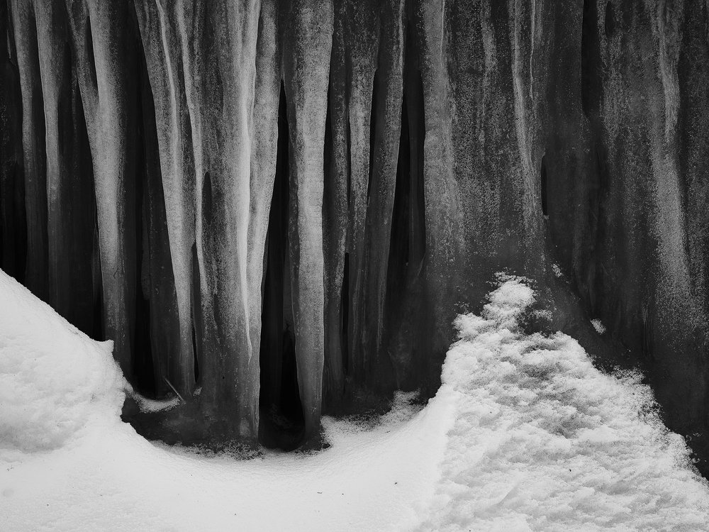-Frozen Hell.jpg