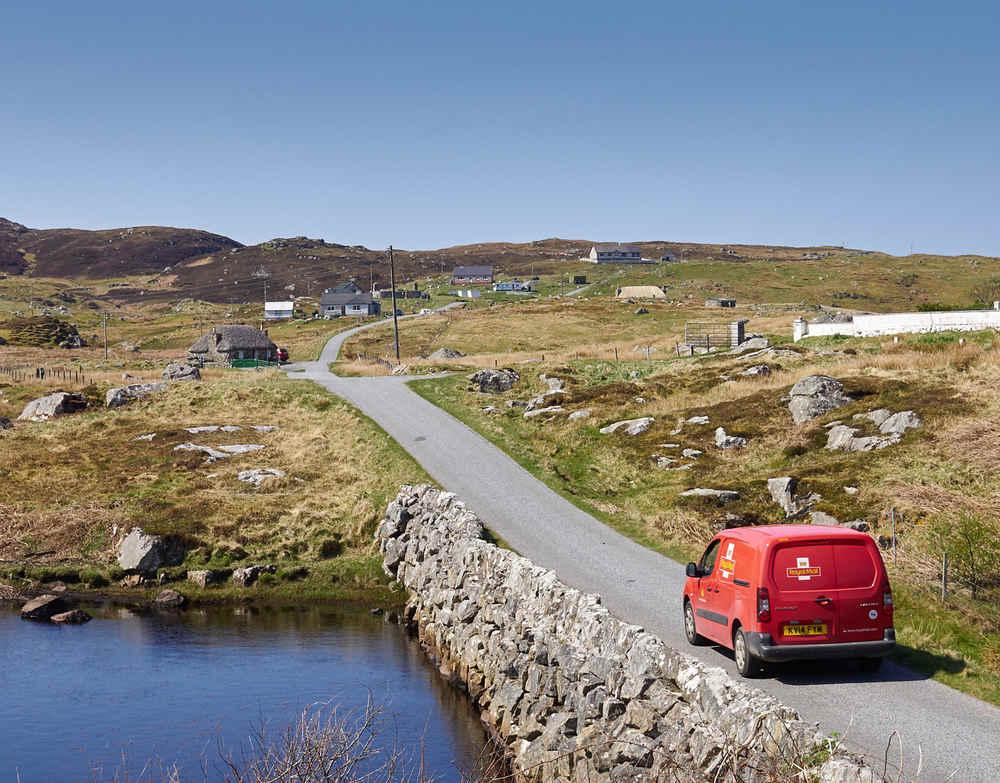 The road, South Lochboisdale ©Mark Farrington