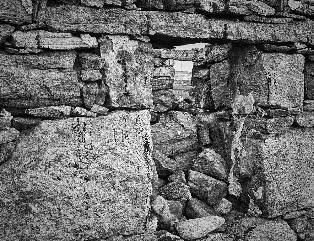 Ruined croft window, Smercleit. Mark Farrington, 2016.