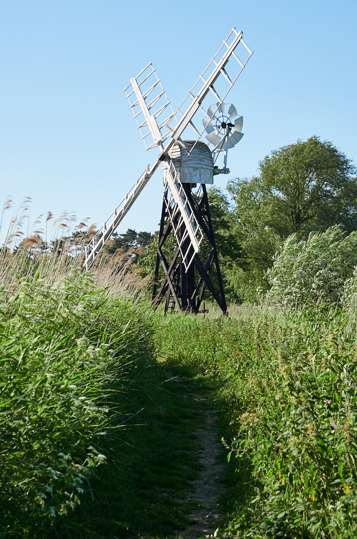 How Hill windpump.jpg