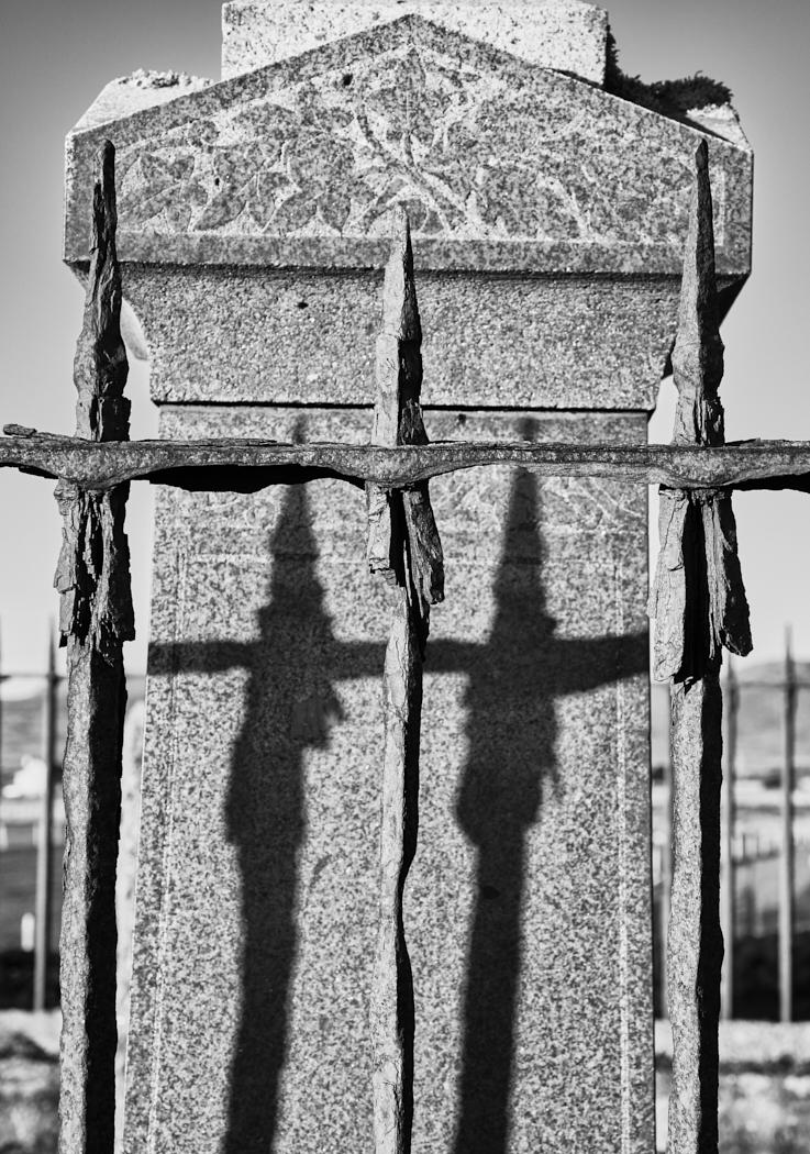 Daliburgh shadows1400x1050 sRGB.jpg