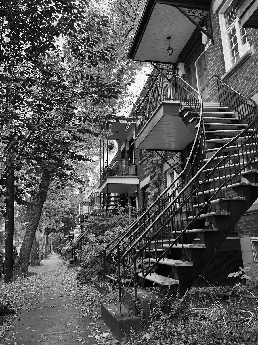 Montreal ironwork1600x1200 sRGB 3.jpg