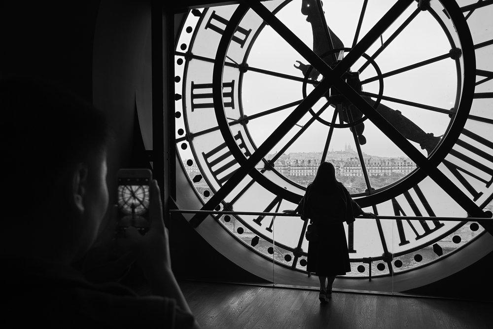 Clock phone1600x1200.jpg