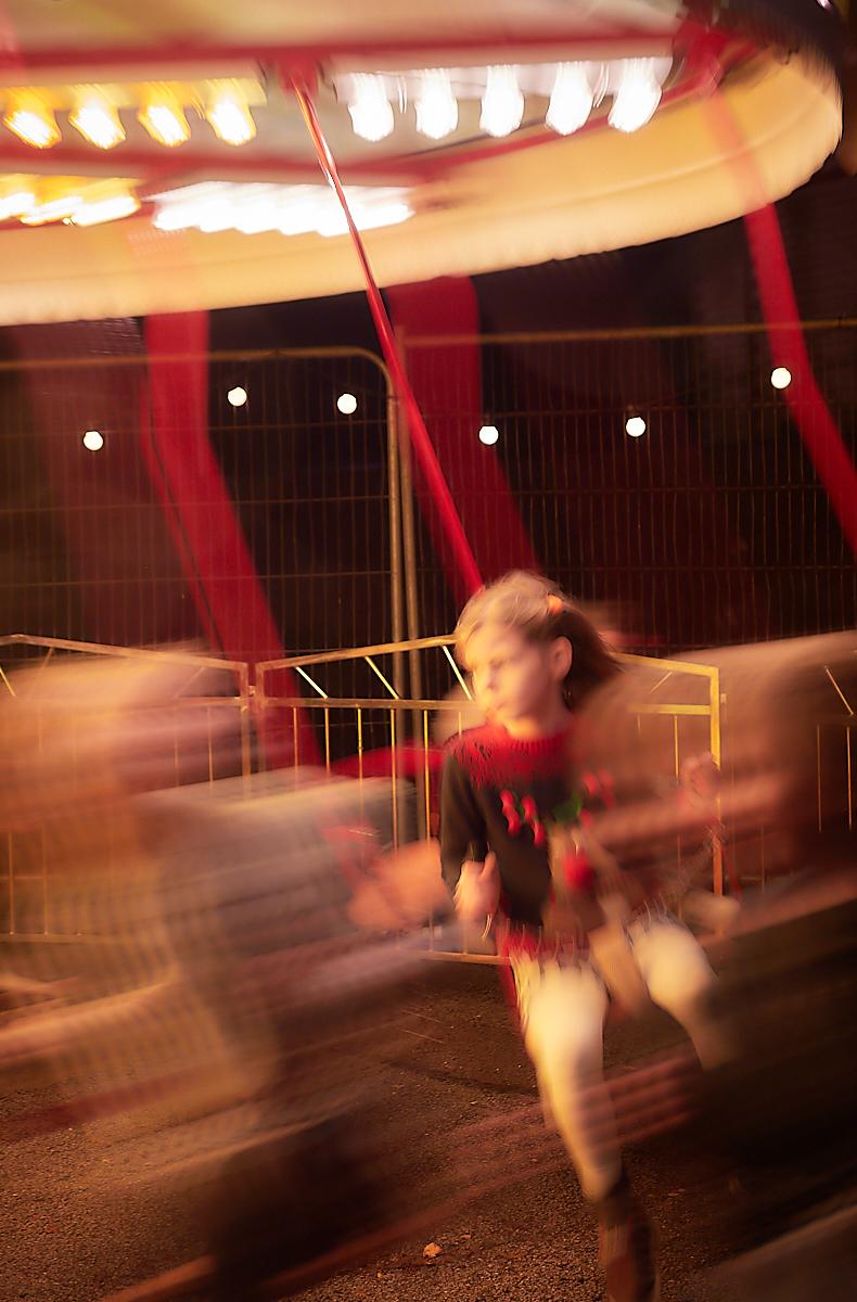 Carousel 1 1600x1200 sRGB.jpg