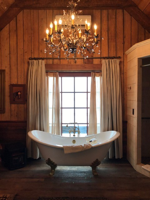 Stunning bathroom in the barn suite