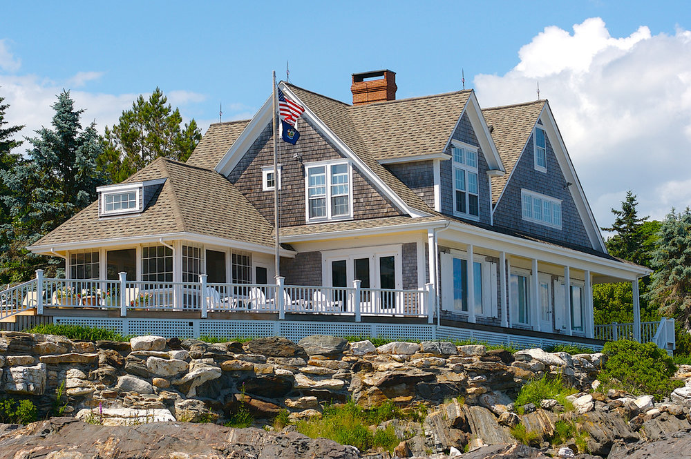5 Bedroom Waterfront House on 15 acres in Coastal Maine - $400,000