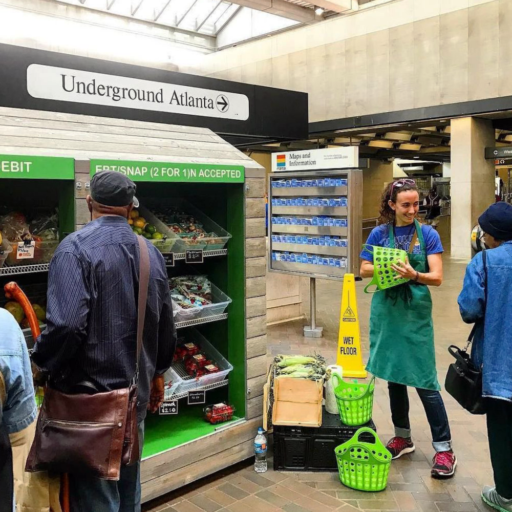 Fresh Marta Markets—like this one, at Five Points station—connect SNAP-ed beneficiaries with nutrias, farm-fresh food.