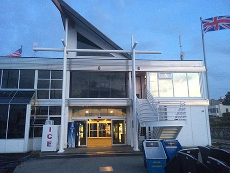 Our marina services building is located at the head of docks. In this building you will find: