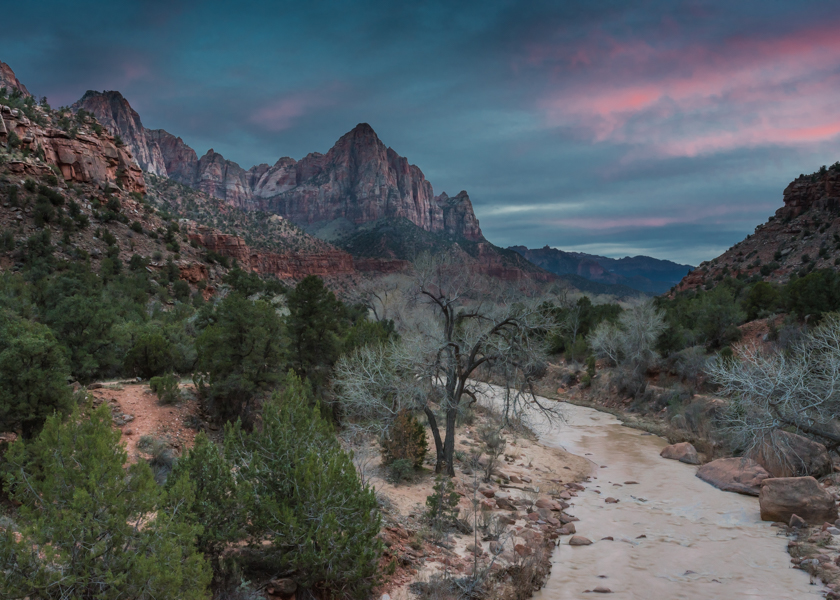 The Watchman formation is one of the iconic formations you see in many photos from Zion. Instead of joining photographers on an overcrowded bridge, why not head closer to the formation yourself?