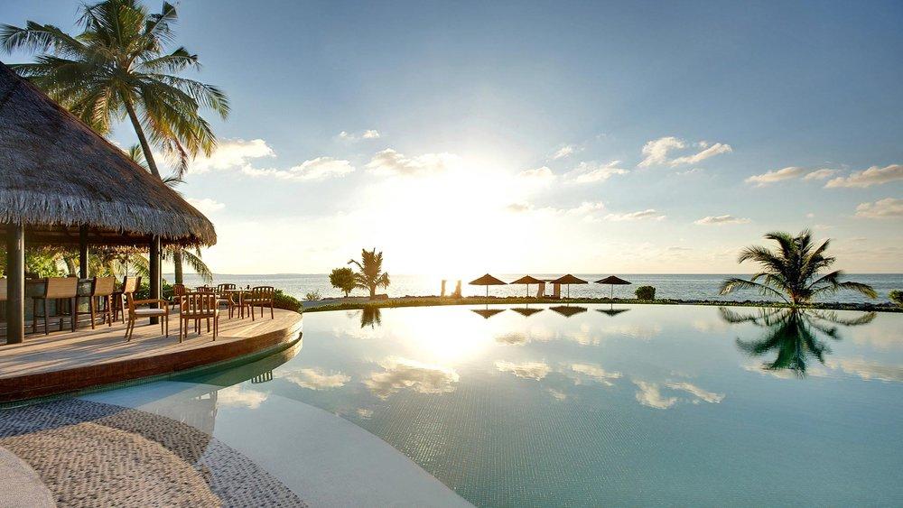 Maldives_Hotels_Resorts_LUX_Maldives.jpg