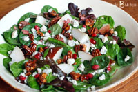 pear salad with blue cheese and candied pecans