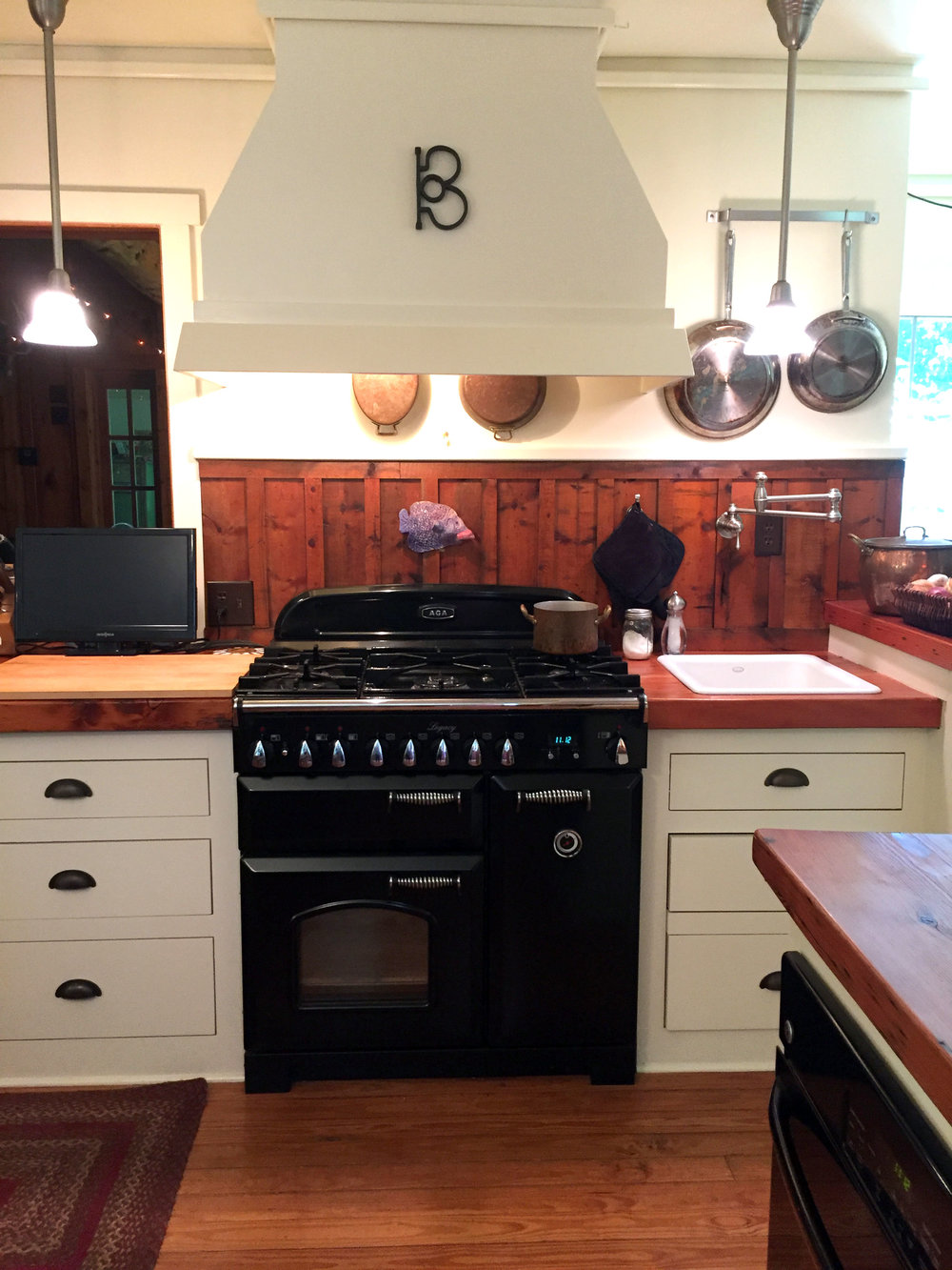Aga stove and the Circle B
