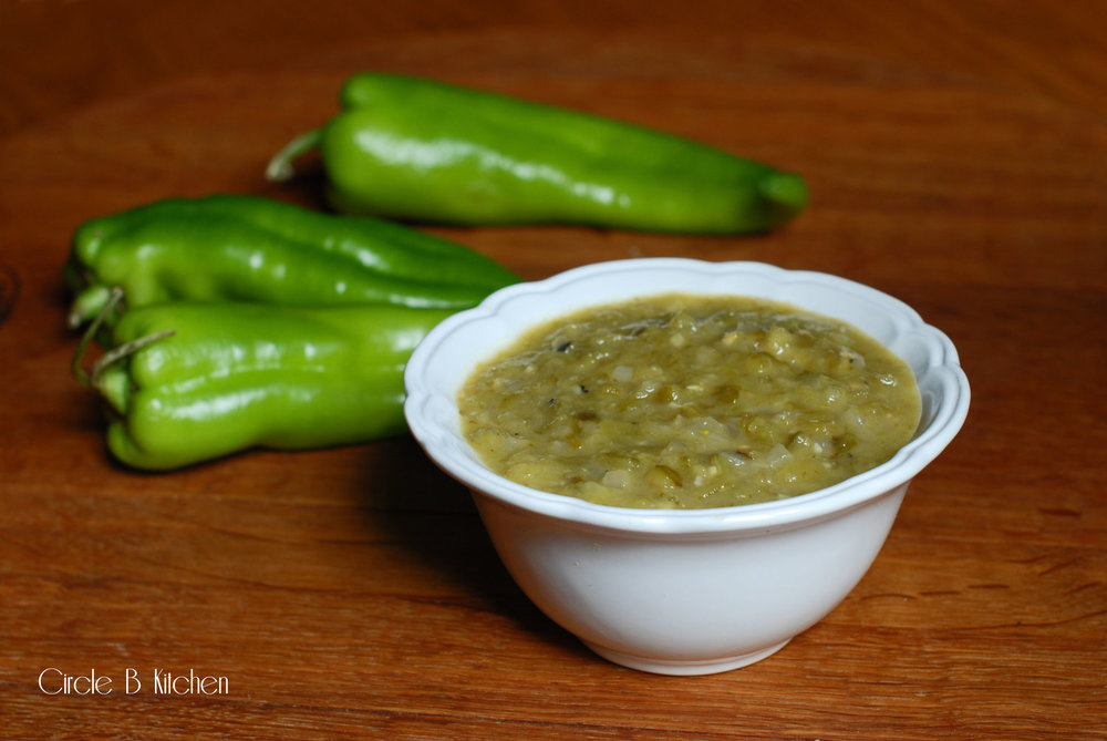 NM Green Chile Sauce.jpg