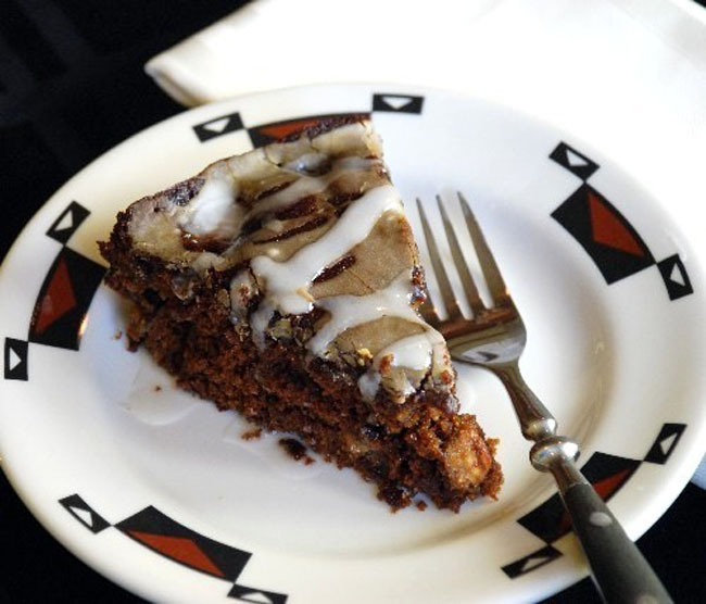 apple-molasses cake.jpg