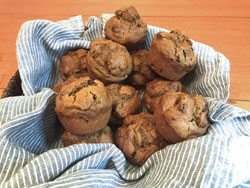 spiced molasses pumpkin muffins