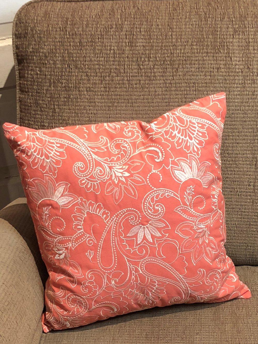 Pink Pillow    C0727   -   17897