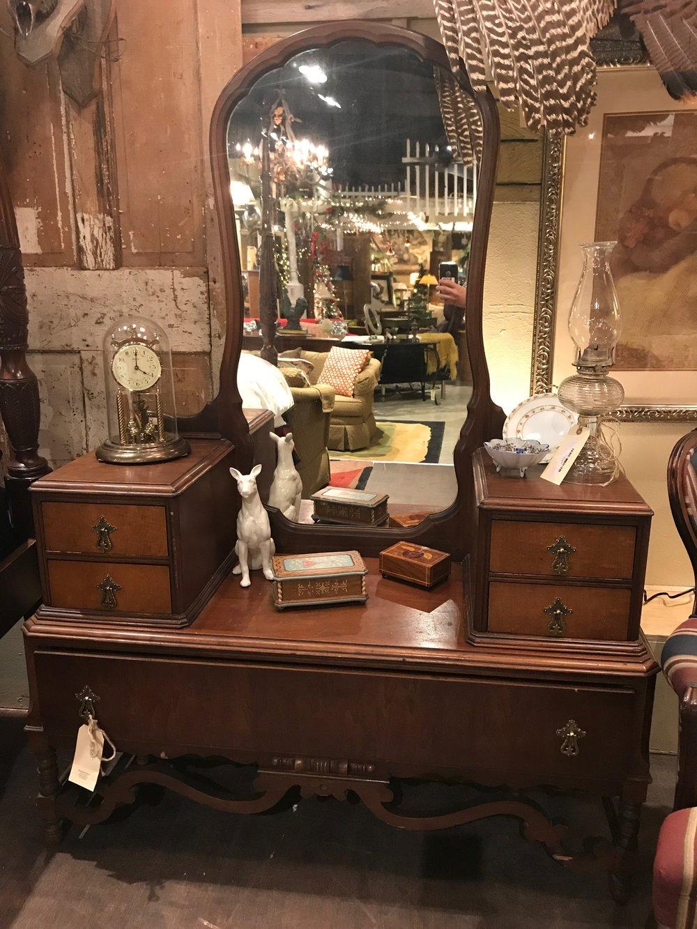Vanity $219.95 - C0937  18877