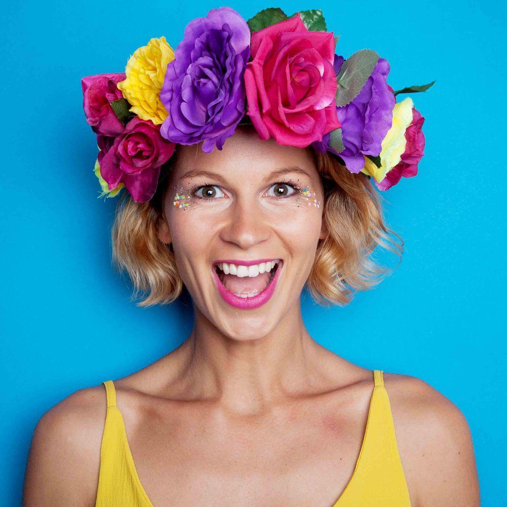 hen party ideas | flower crown making hen party