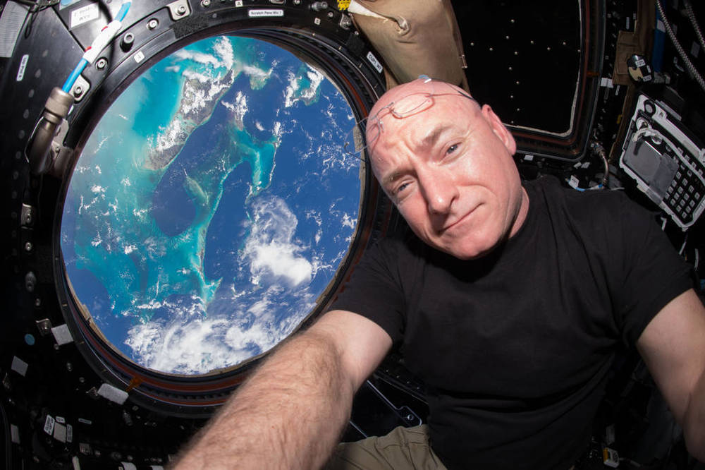 On Friday, Oct. 16, Scott Kelly begins his 383rd day living in space, surpassing U.S. astronaut Mike Fincke's record. Credit: Scott Kelly/NASA