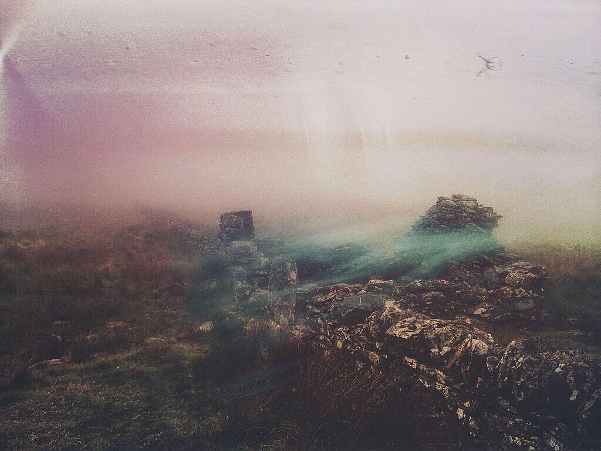 Into Mist - HWJSKEQ