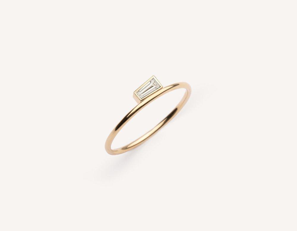 Vrai & Oro 'Her' ring,  $195