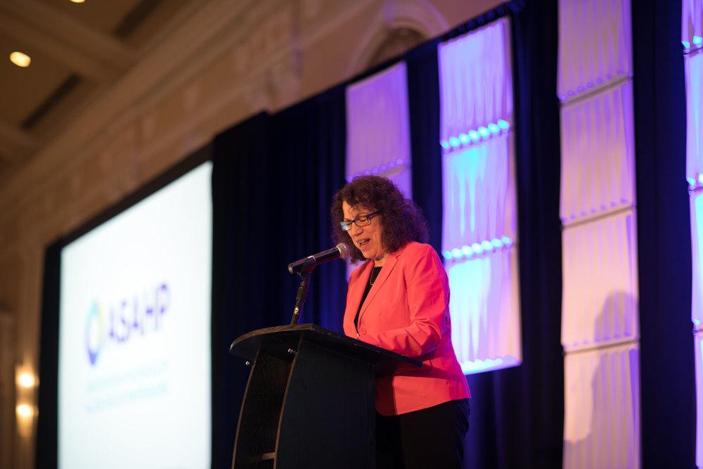 Dr. Linda Petrosino
