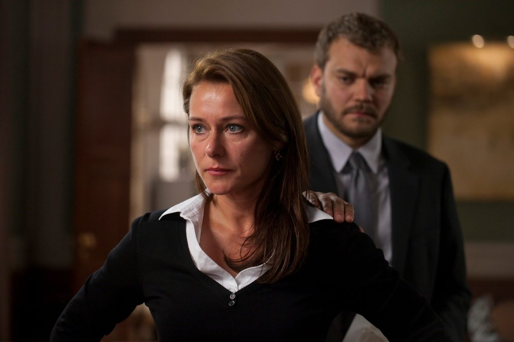Sidse Babbett Knudsen and Pilou Asbæk in Borgen