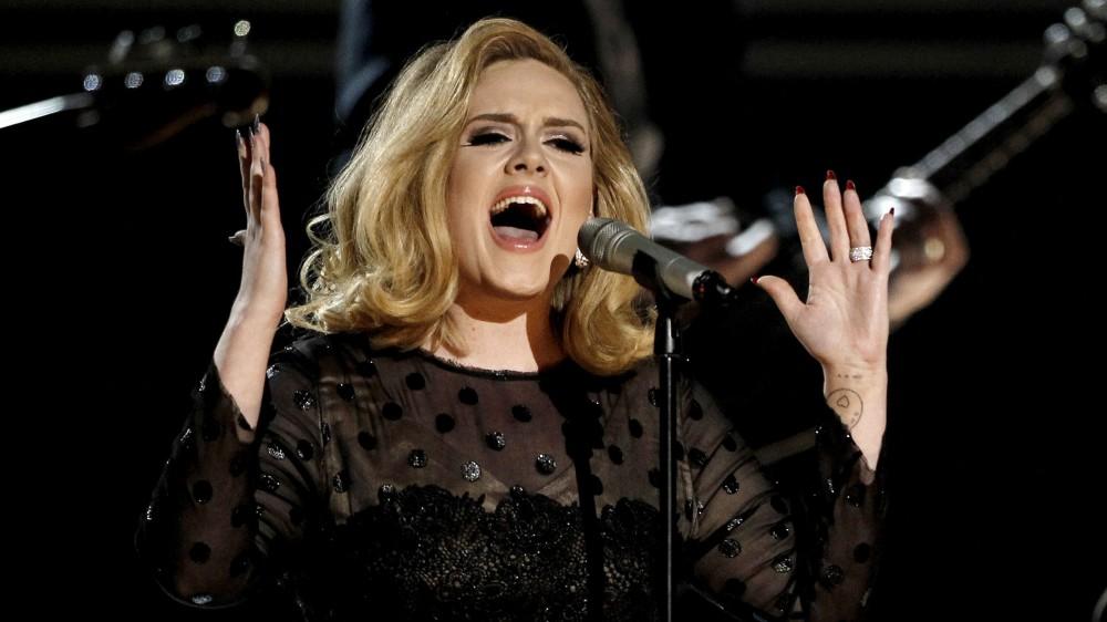 Adele-Singing-e1449550551230.jpg