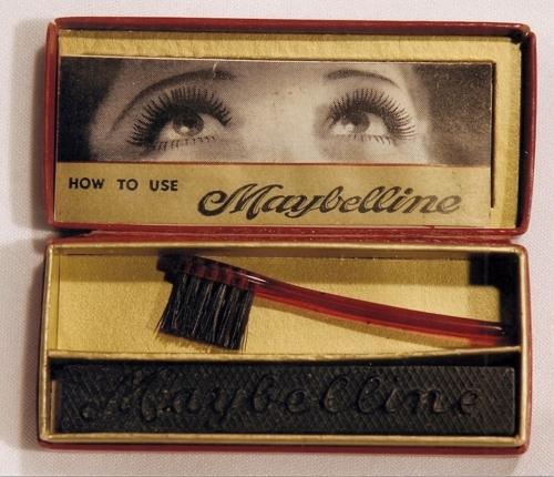 94603-Vintage-Cake-Mascara.jpg