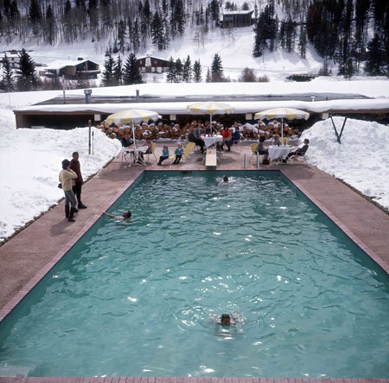 Photography: Slim Aarons | Snow Round the Pool