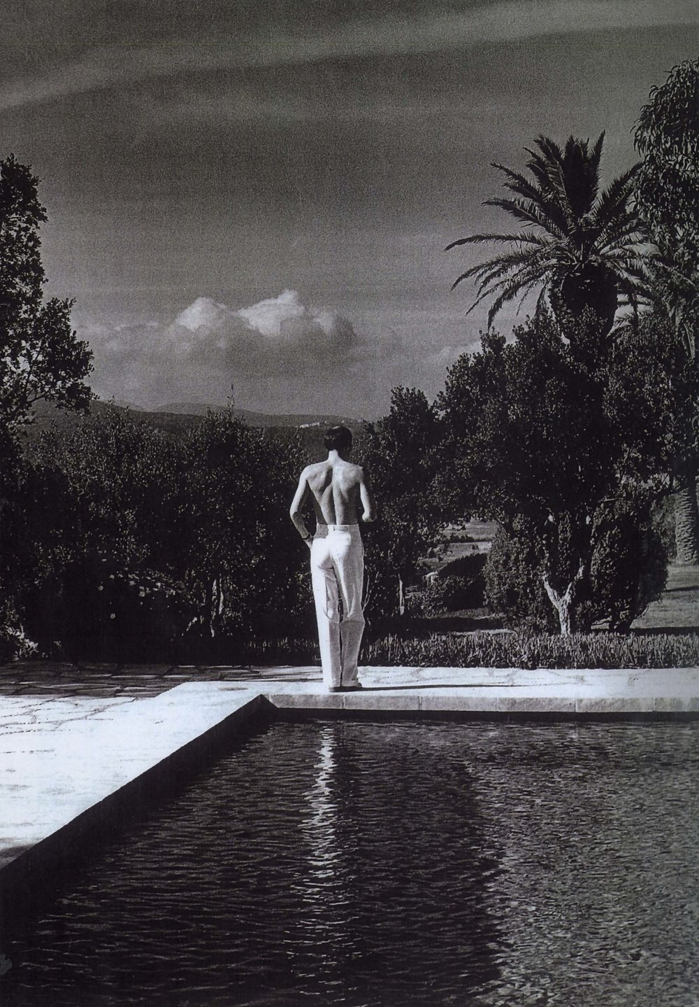 Photography: Helmut Newton | Pool Boy