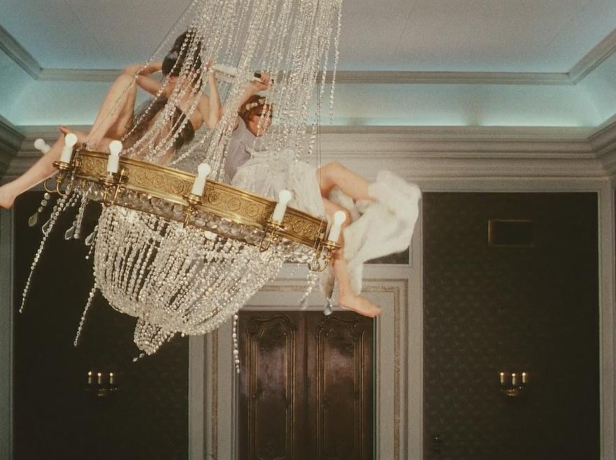 Film: Diasies, 1966 | Vera Chytilova