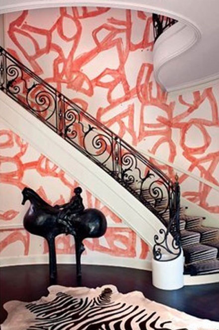 pink-graffiti-on-walls-in-chique-home.jpg