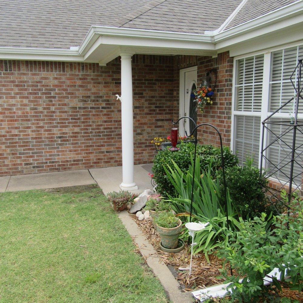 Front porch & lawn