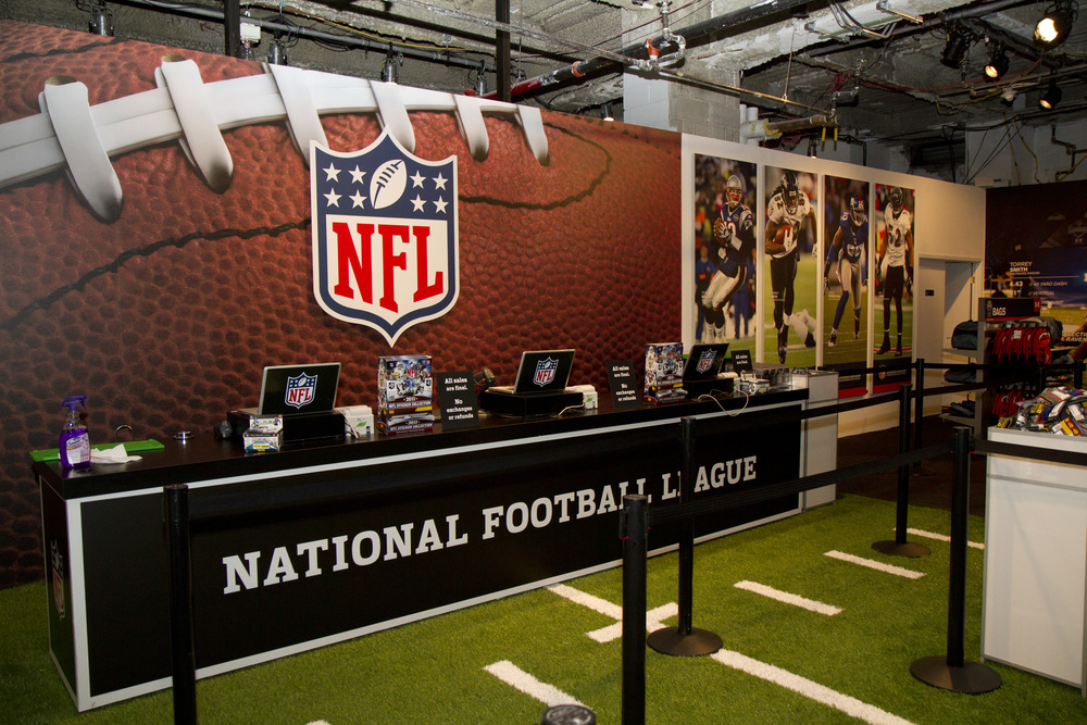 nfl-shop-at-draft-2012_15746596697_o.jpg