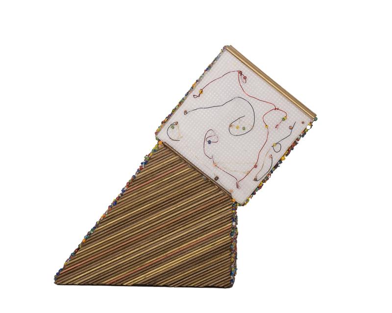 pyramidangle2(web).jpg