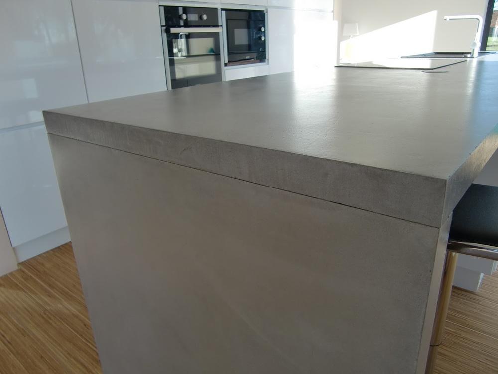 Betonarbeitsplatte+Beton+Cire.JPG