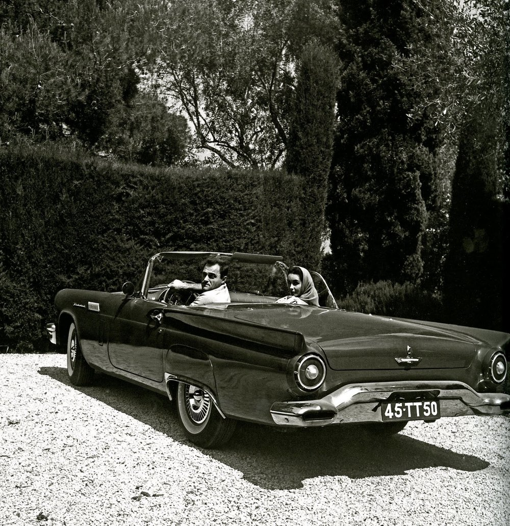 Elizabeth Taylor and husband Eddie Fisher in a '57 T-bird