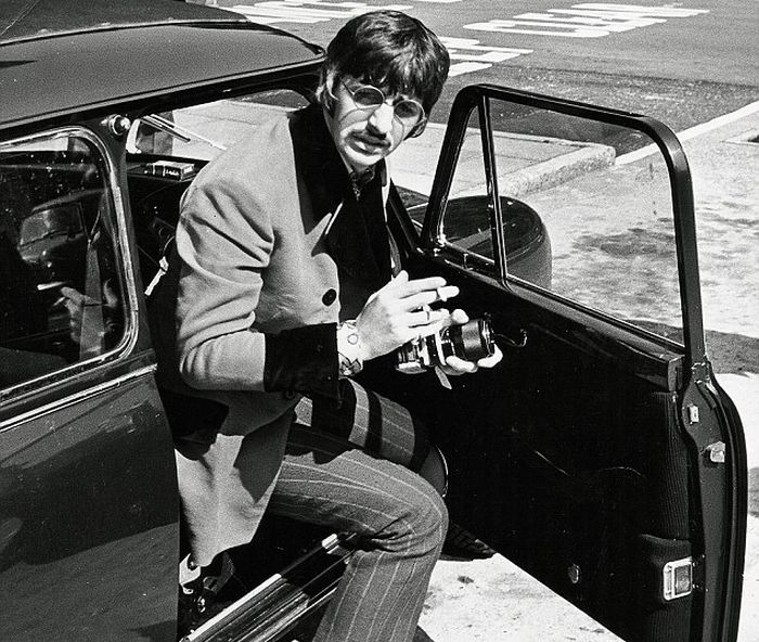 Ringo Starr steps out of his Mini Cooper