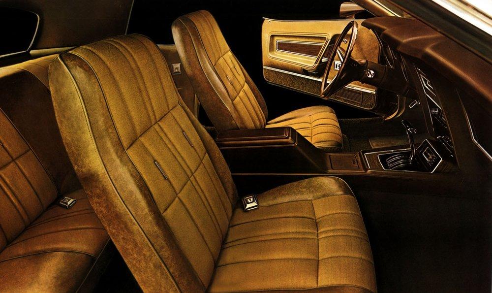1972 Mustange Grande deluxe interior