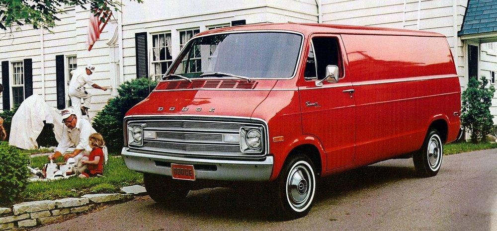 TunnelRam_1976 Dodge van (1).jpg