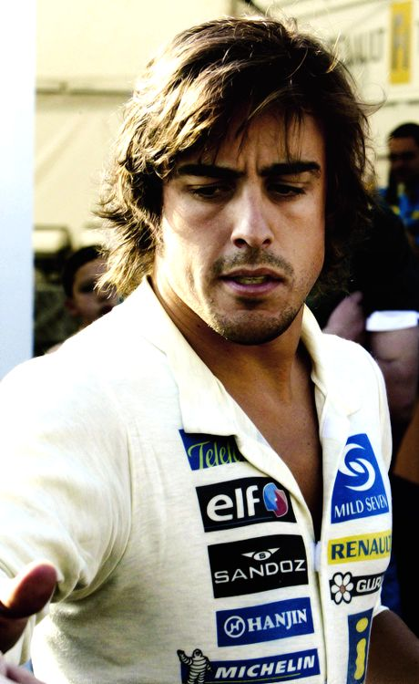 2005 World Champion - Fernando Alonso (Spain)