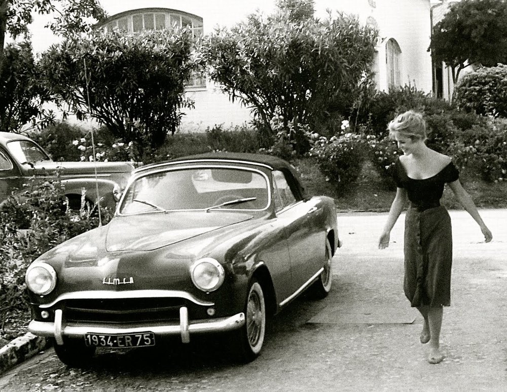 French siren Brigitte Bardot and an early '50s Simca 8 1200