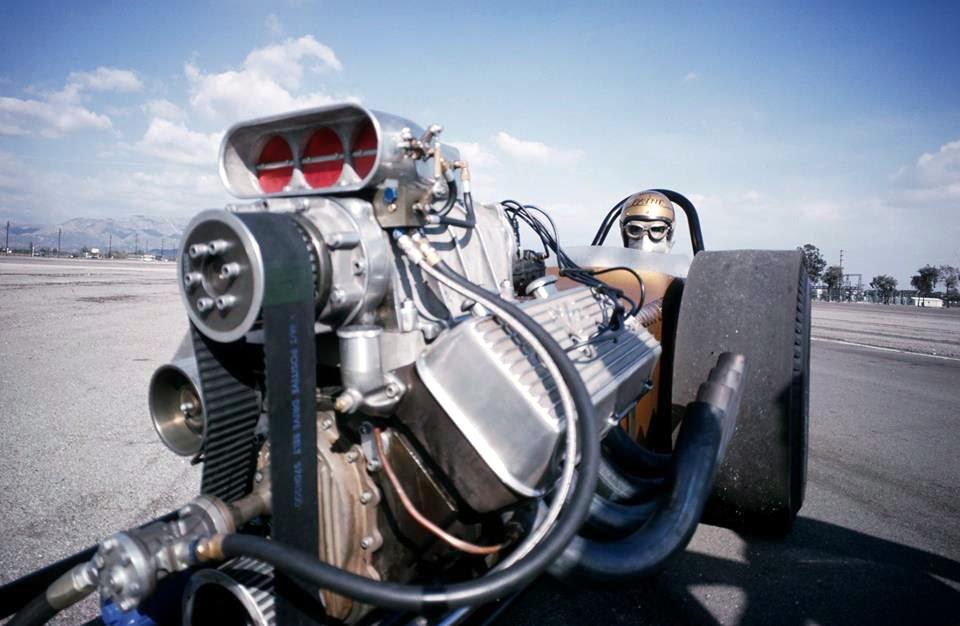 tunnelram.net_1960s drag racing (6).jpg