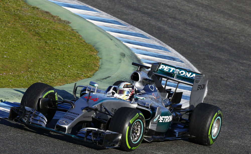 2015 - Mercedes AMG Petronas F1 Team