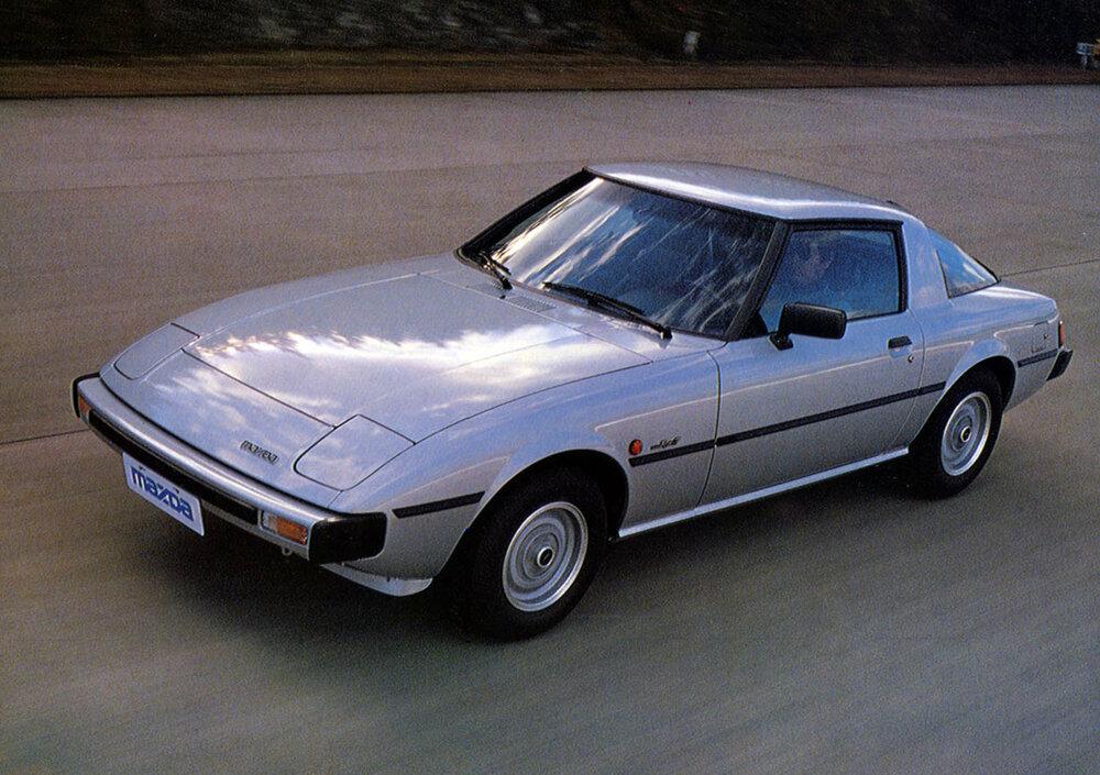 TunnelRam_Mazda Rotary 1979 rx7.jpg