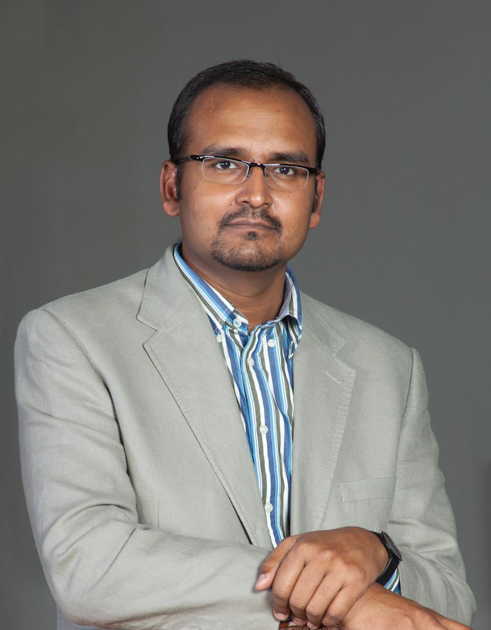 Dr.Deepak Nallasamy.V Director of Academics, Saveetha Dental College Saveetha University