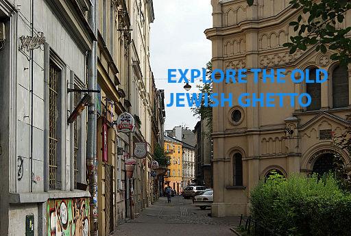 Podbrzezie_street,_Kazimierz,_Krakow,_Poland.jpg